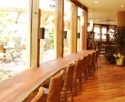 2004 シャトードール西大寺店/ベーカリー&レストラン