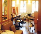 2004 サロン・まき高の原店/美容室